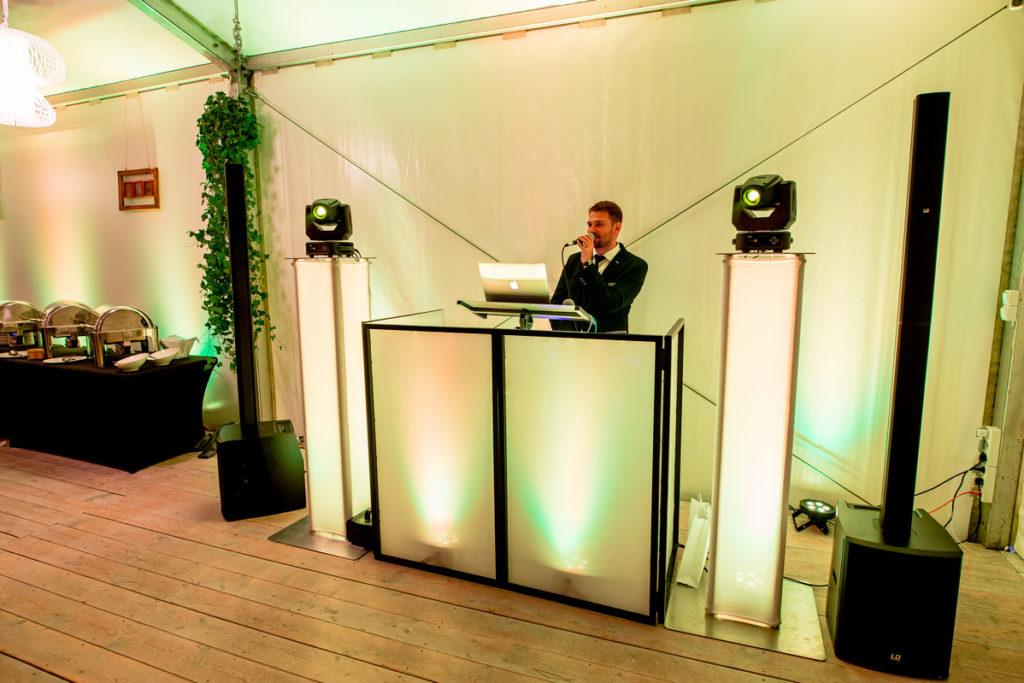 Stoisko DJa