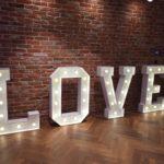 Wielki napis love